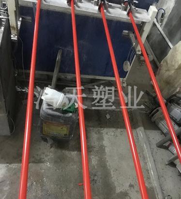 PVC电工套管生产现场